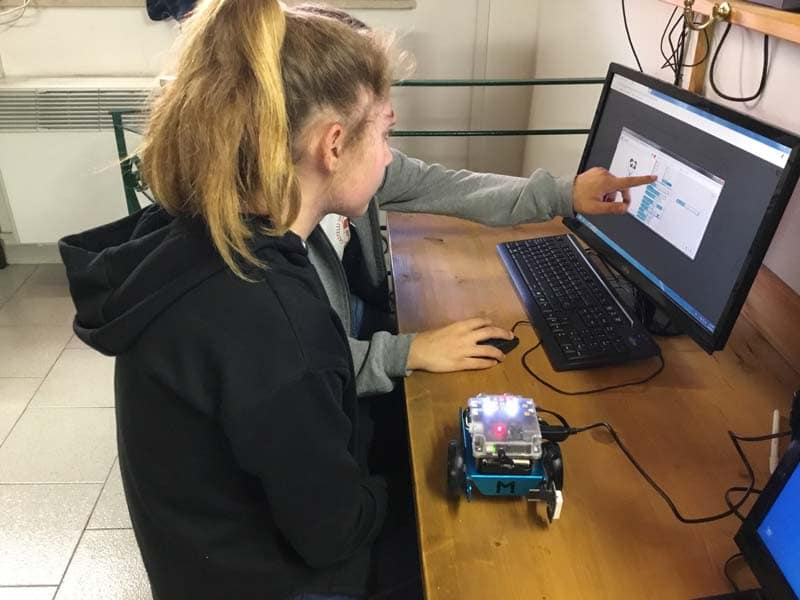 Girls at Castelli International School Engaged in Robotics
